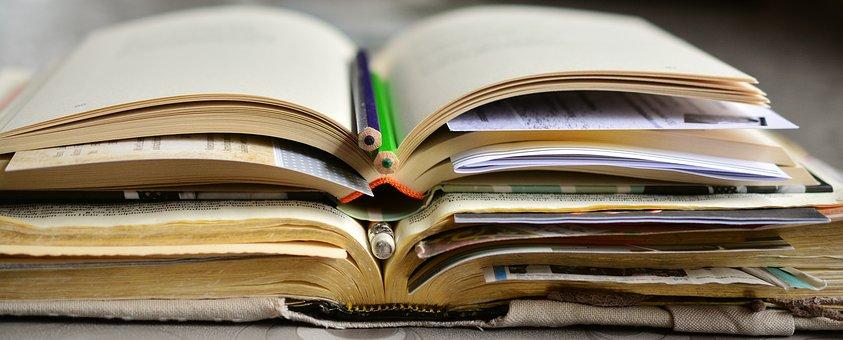 books-2158737__340